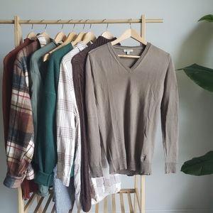 BURBERRY Tan V-Neck Sweater
